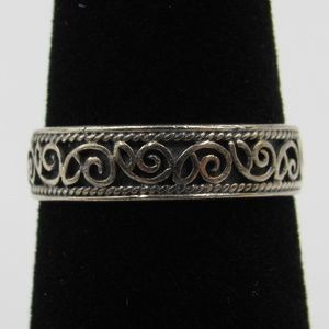 Vintage Size 5.5 Sterling Rustic Ornate Style Band